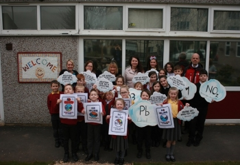 SCHOOLCHILDREN are calling on Tameside's drivers to help tackle deadly air pollution by turning their car engines off at the school gates.